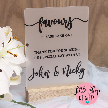 Guest favor wedding signs